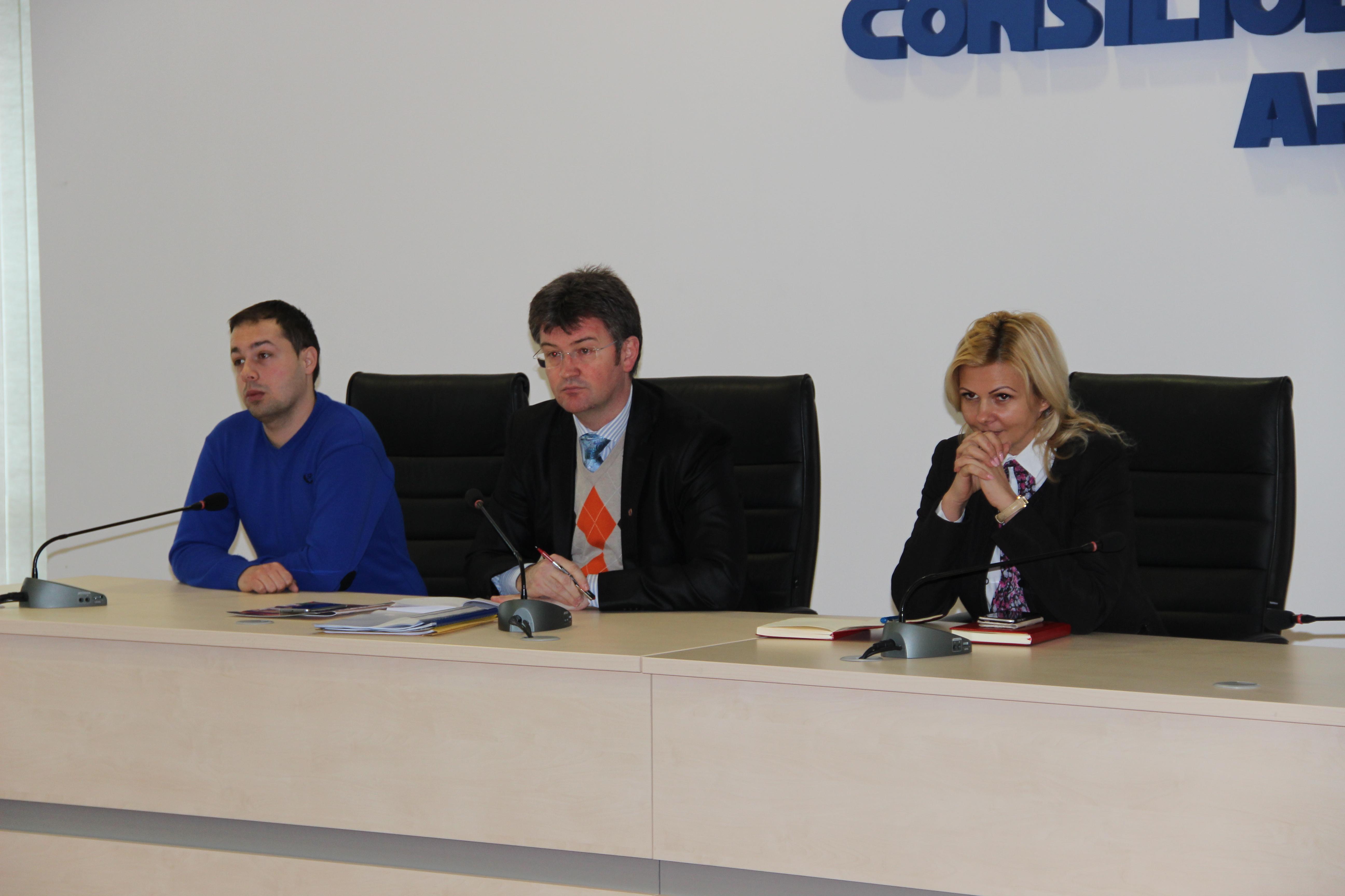 Întâlnire la Consiliul Judeţean, cu operatorii din turism