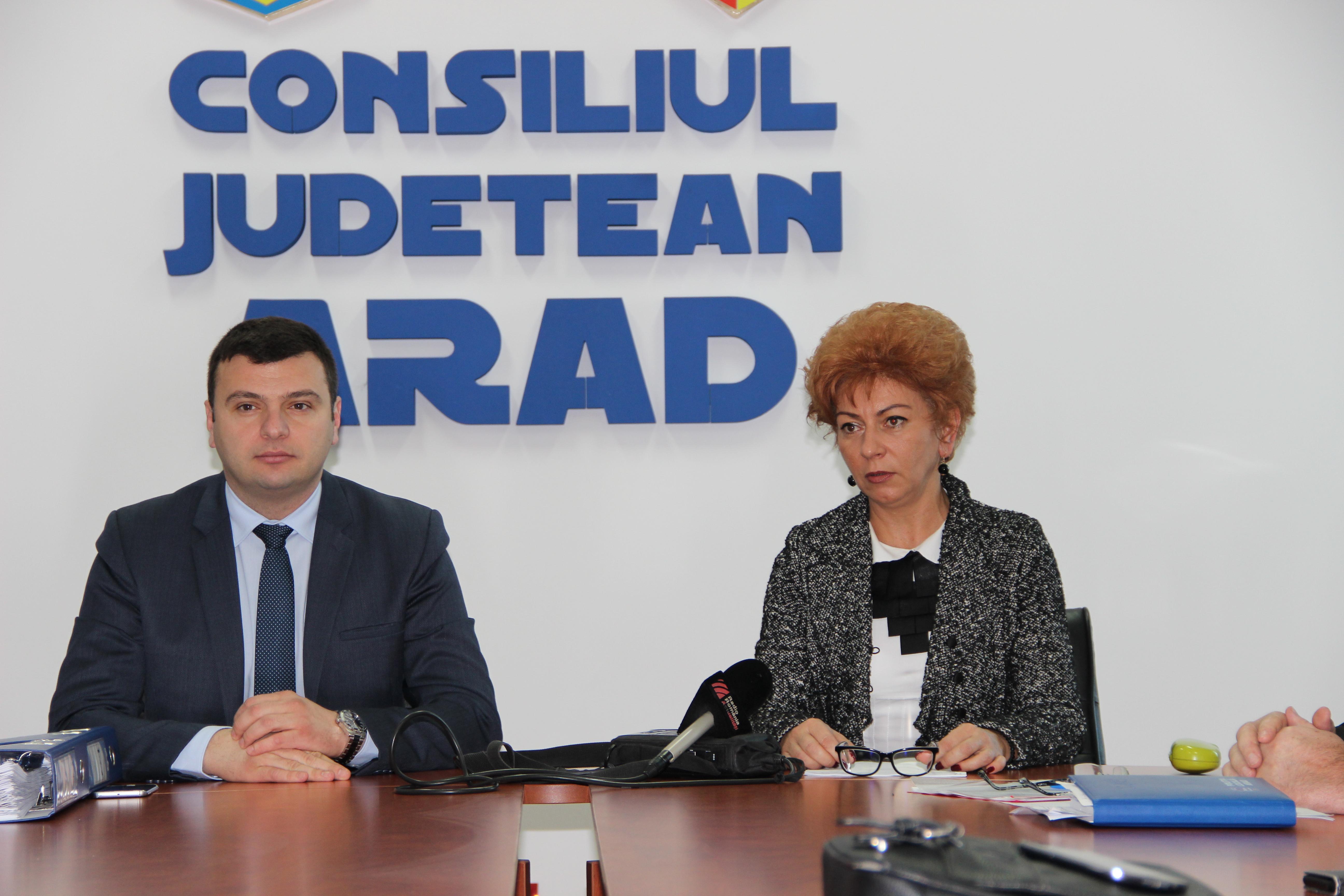 """Sergiu Bîlcea: """"Cine repară drumul, să îl și curețe, județul să nu arate neglijat"""""""
