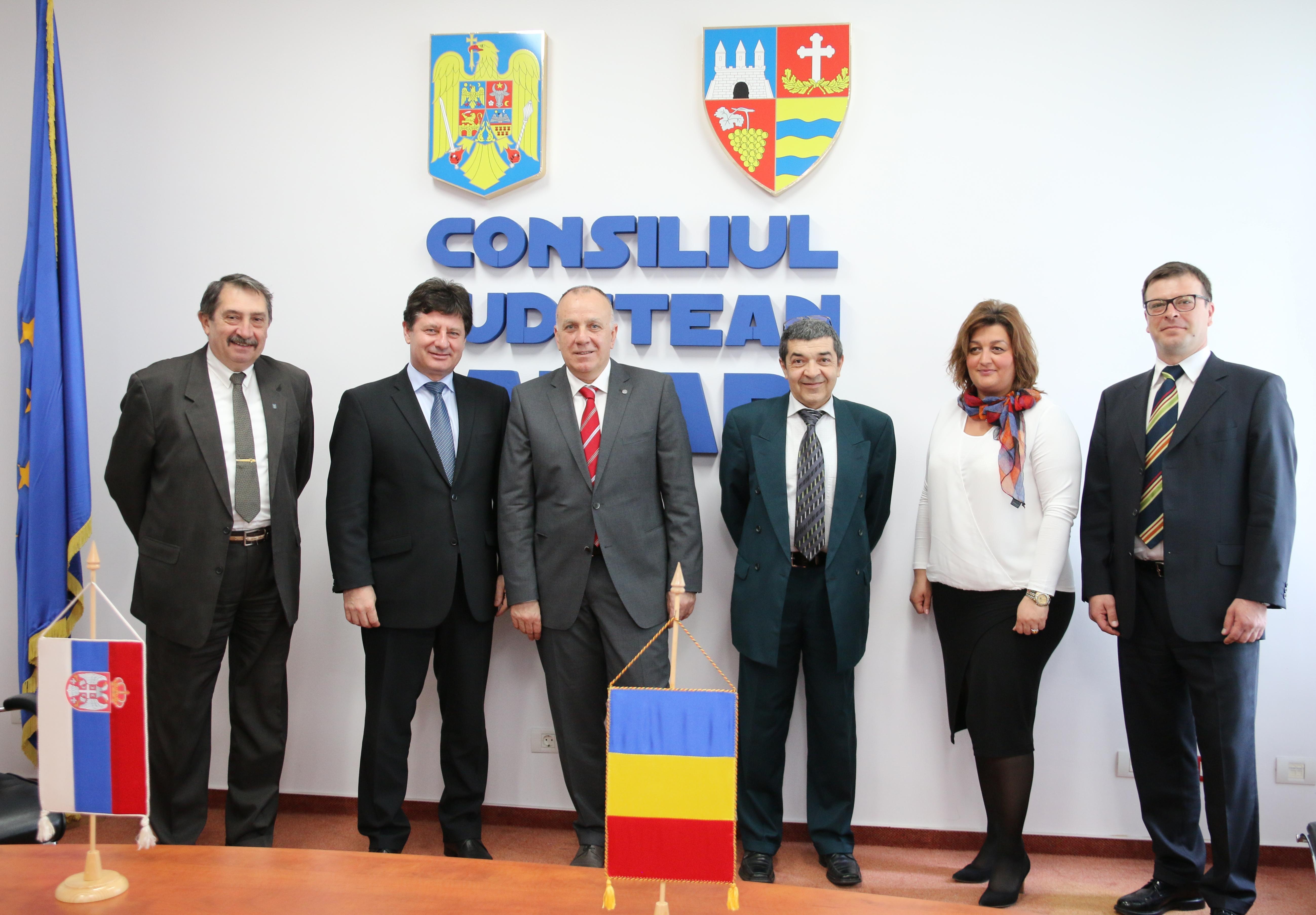 Iustin Cionca, preşedintele Consiliului Judeţean Arad, s-a întâlnit astăzi, 10.04.2017, cu o delegaţie a Camerei de Comerţ din Vojvodina