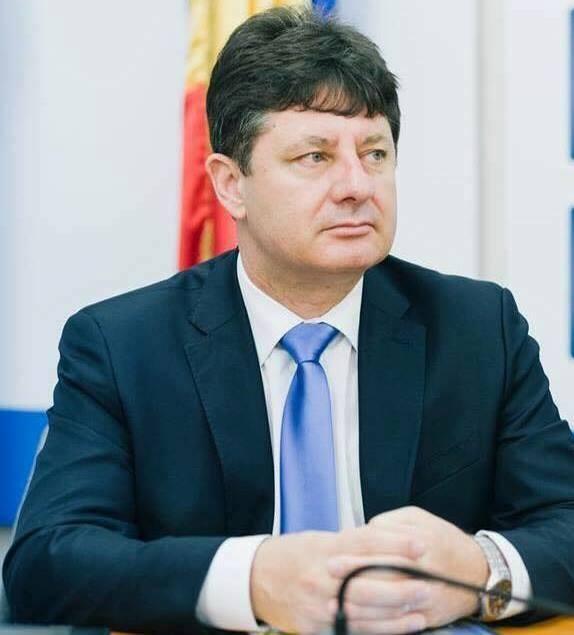"""Iustin Cionca: """"Investiţie vitală pentru Arad: construim un nou spital, aducem sub acelaşi acoperiş maternitatea şi secţiile pentru copii""""!"""