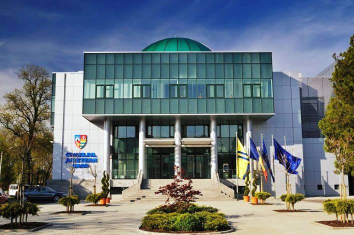 """Iustin Cionca, preşedintele Consiliului Judeţean Arad: """"Încheiem acest an 2017 cu sentimentul lucrului bine făcut"""""""