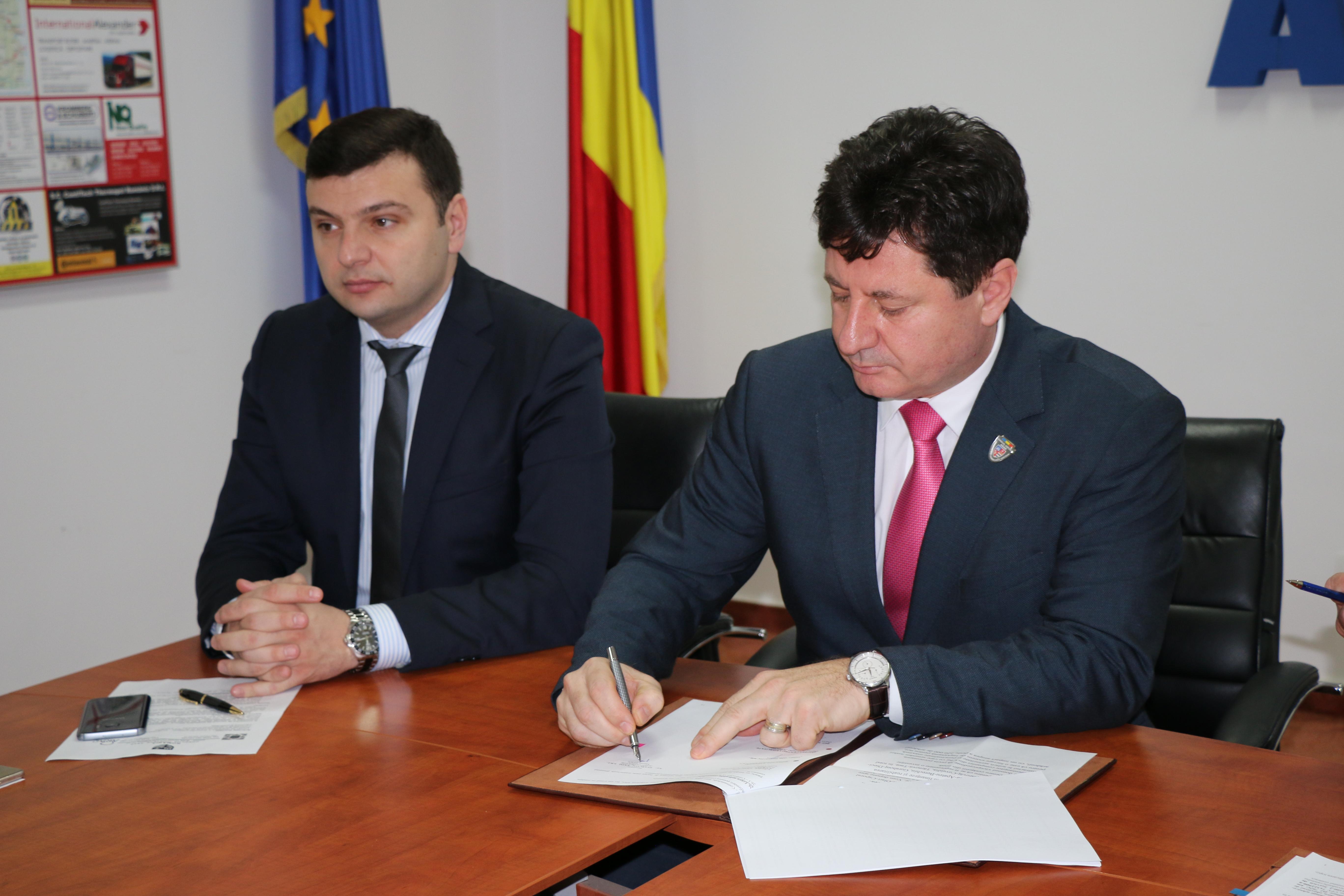 S-a semnat contractul de proiectare tehnică pentru modernizarea celui mai important drum judeţean arădean,  Arad-Şiria-Pâncota-Buteni!