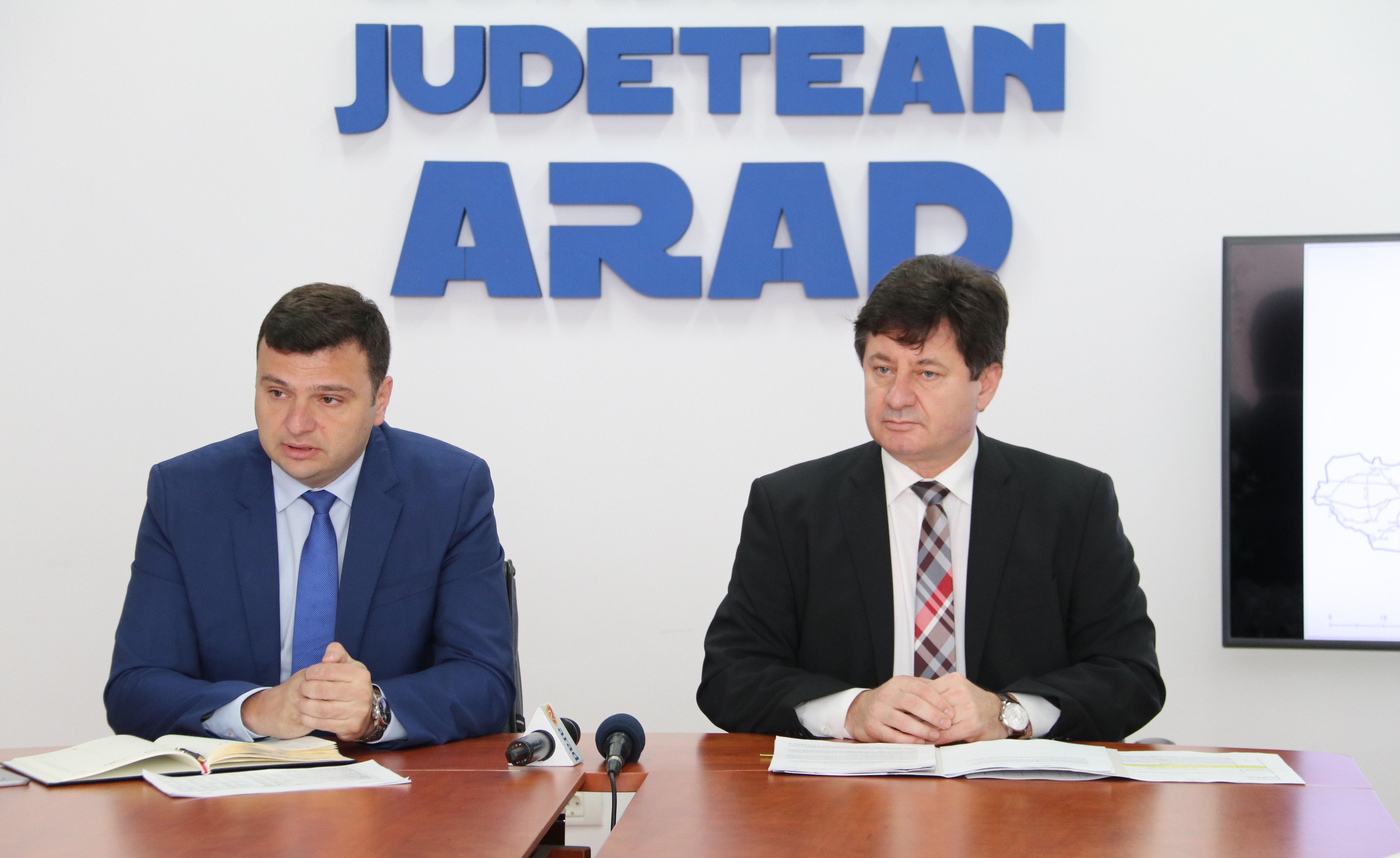 S-a semnat contractul pentru modernizarea drumului Bîrsa-Moneasa-limită judeţ Bihor!