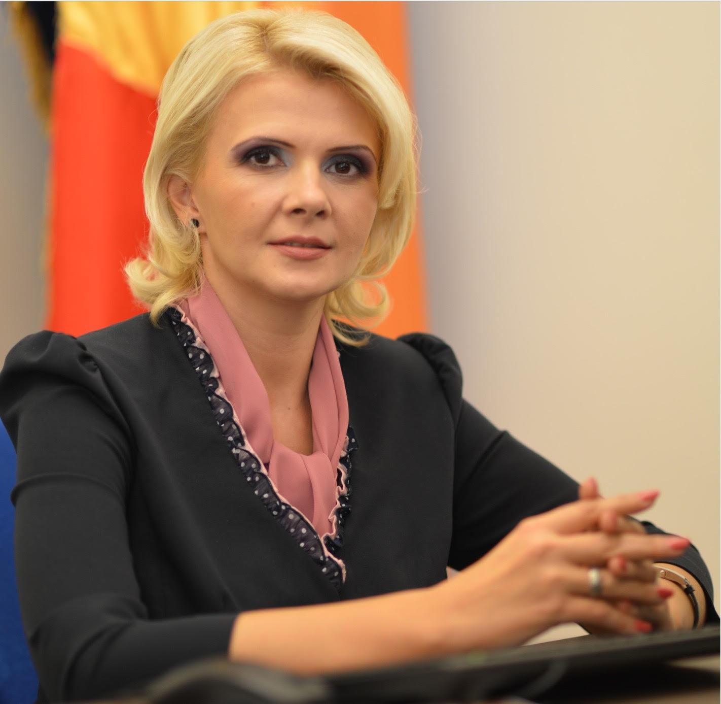 """Claudia Boghicevici:  """"În săptămâna meseriilor promovăm învăţământul dual"""""""
