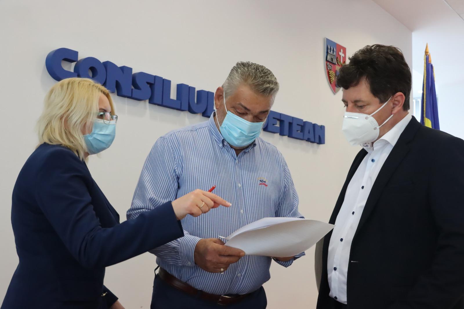 """Iustin Cionca: """"Avem trei scenarii pentru Aradul următoarelor săptămâni, investițiile sunt pe primul loc!"""""""