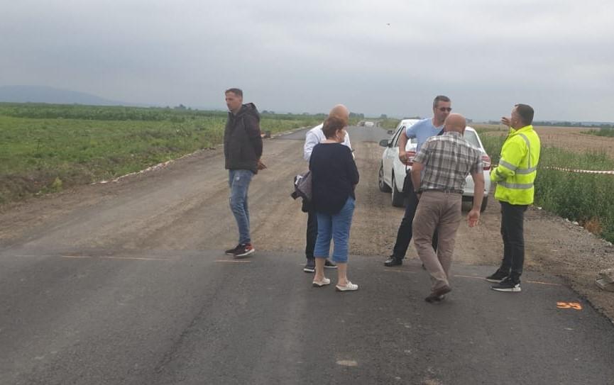 Iustin Cionca a dispus refacerea unei porțiuni de drum pe șantierul Pîncota-Târnova-Buteni!