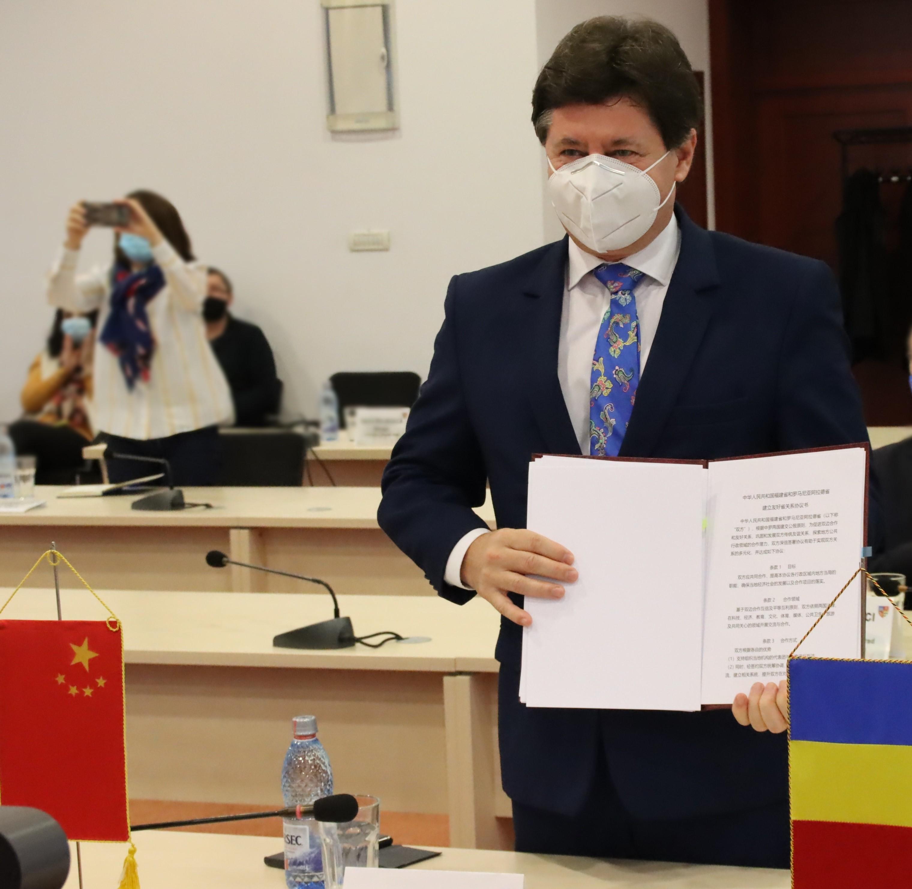 Acord istoric de înfrățire între județul Arad și Provincia Fujian!