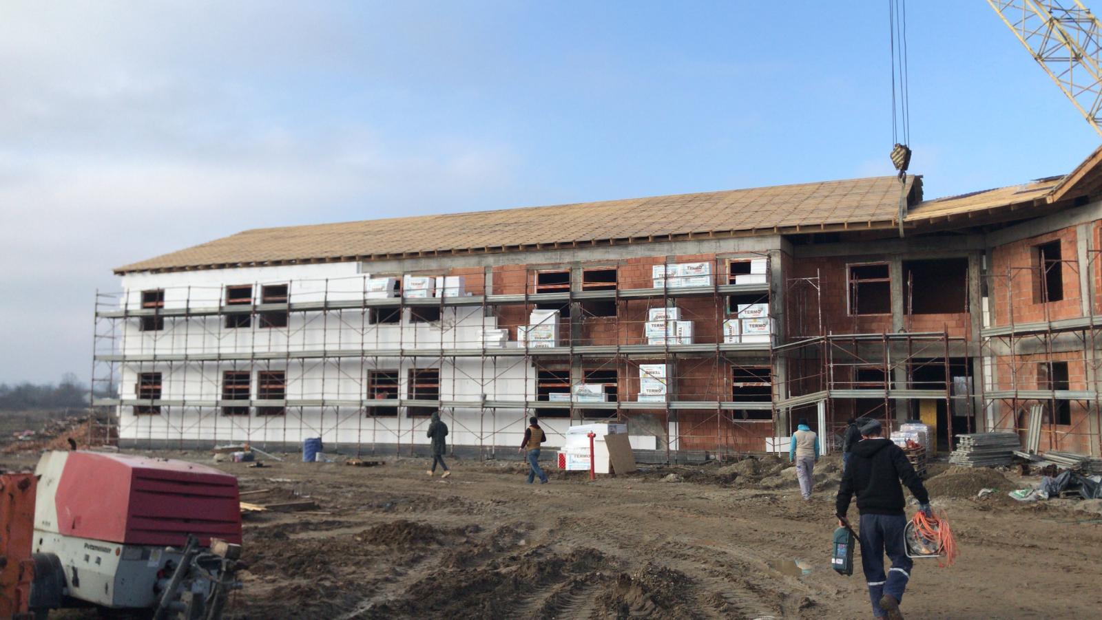 Consiliul Județean a început anveloparea noului Spital De Psihiatrie de la Căpâlnaș!